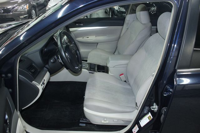 2013 Subaru Outback 2.5i Premium Kensington, Maryland 17