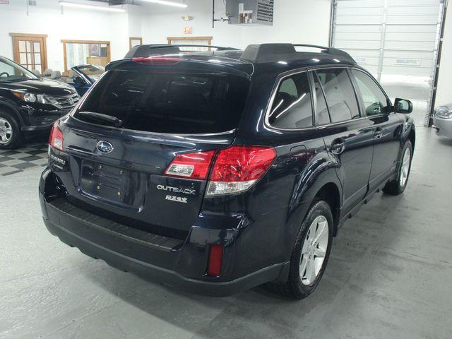 2013 Subaru Outback 2.5i Premium Kensington, Maryland 4