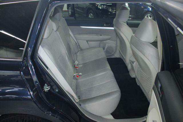 2013 Subaru Outback 2.5i Premium Kensington, Maryland 40