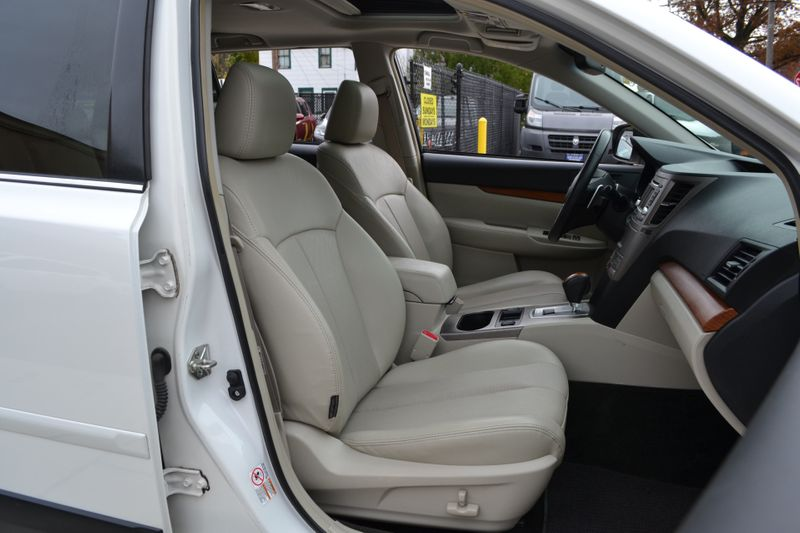 2013 Subaru Outback 25i Limited  city New  Father  Son Auto Corp   in Lynbrook, New