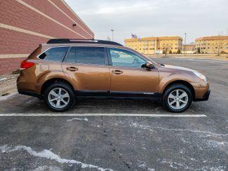 2013 Subaru Outback 2.5i Premium Maple Grove, Minnesota 9