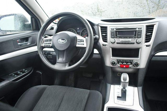 2013 Subaru Outback 2.5i Naugatuck, Connecticut 12