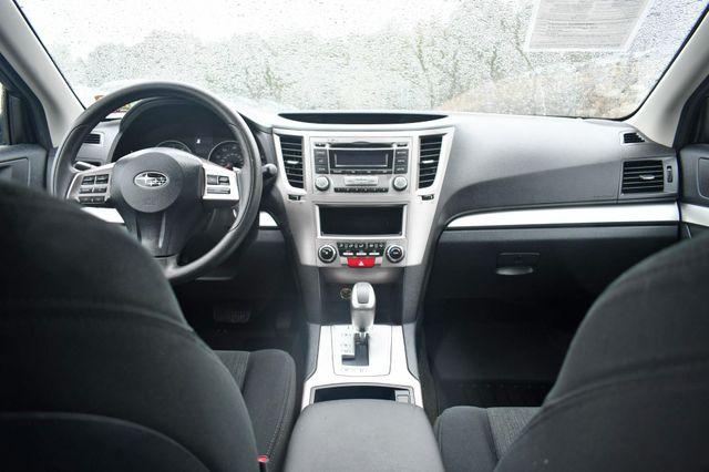 2013 Subaru Outback 2.5i Naugatuck, Connecticut 13