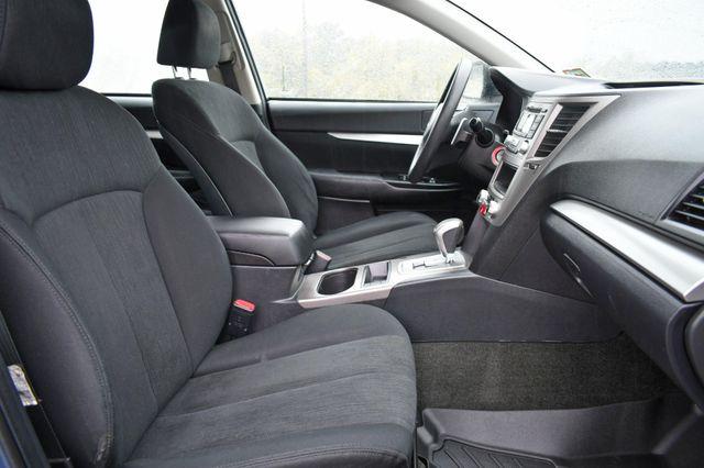 2013 Subaru Outback 2.5i Naugatuck, Connecticut 9