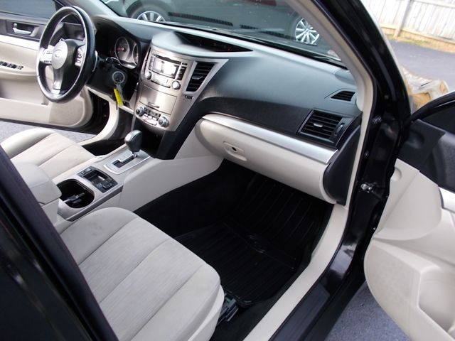 2013 Subaru Outback 2.5i Premium Shelbyville, TN 18