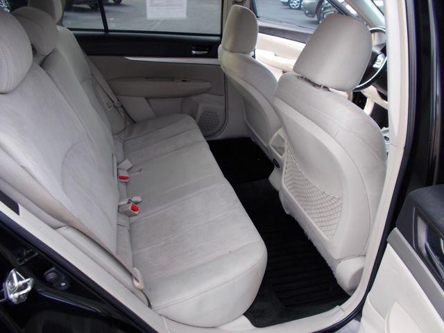2013 Subaru Outback 2.5i Premium Shelbyville, TN 19