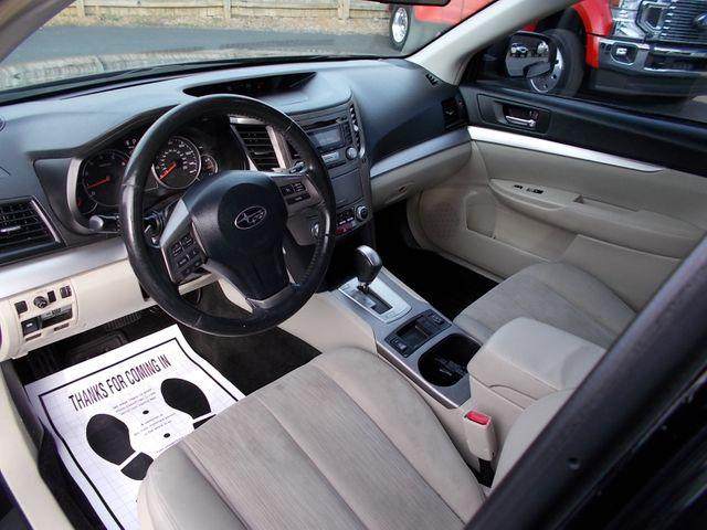 2013 Subaru Outback 2.5i Premium Shelbyville, TN 22