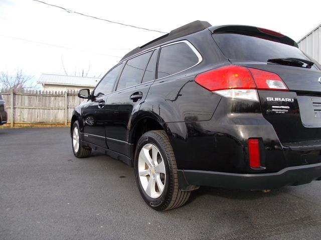 2013 Subaru Outback 2.5i Premium Shelbyville, TN 3