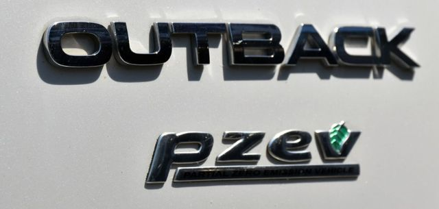 2013 Subaru Outback 2.5i Limited Waterbury, Connecticut 10