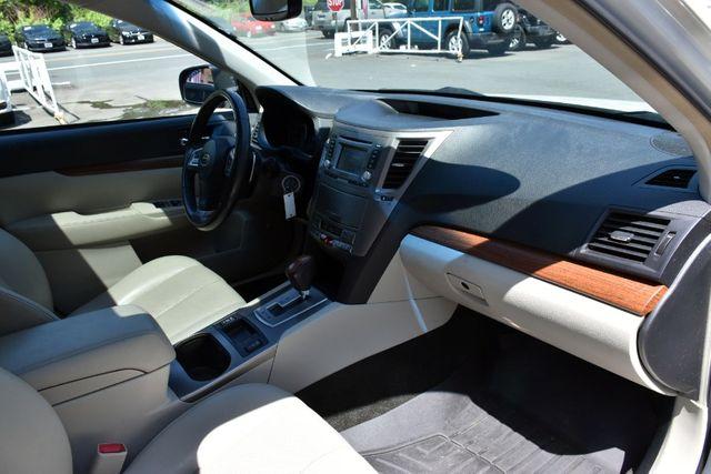 2013 Subaru Outback 2.5i Limited Waterbury, Connecticut 19