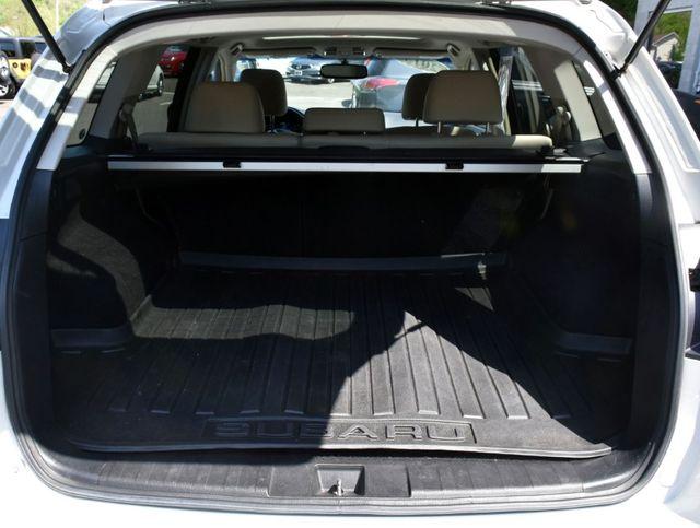 2013 Subaru Outback 2.5i Limited Waterbury, Connecticut 25