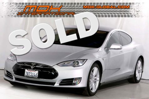 2013 Tesla Model S - 60 - Tech pkg - Nav - Back up cam - Navigation in Los Angeles