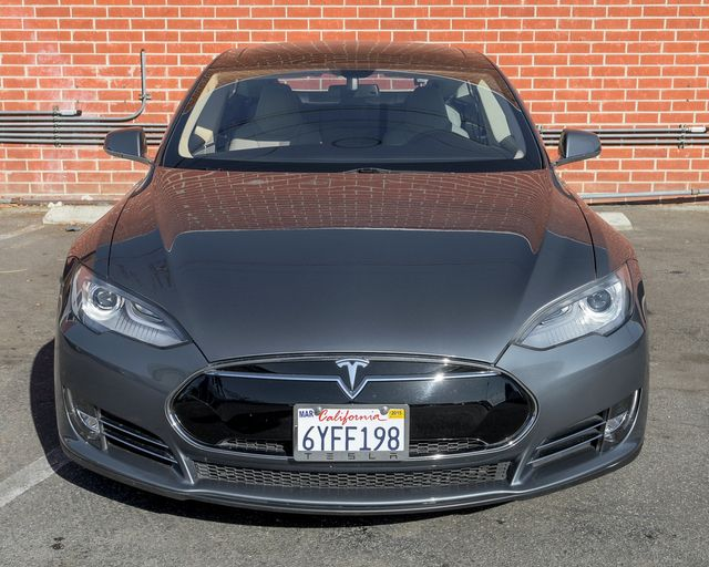 2013 Tesla Model S Burbank, CA 1