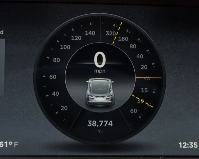 2013 Tesla Model S Burbank, CA 26