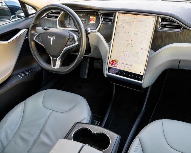 2013 Tesla Model S Burbank, CA 14