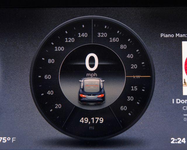 2013 Tesla Model S Burbank, CA 16