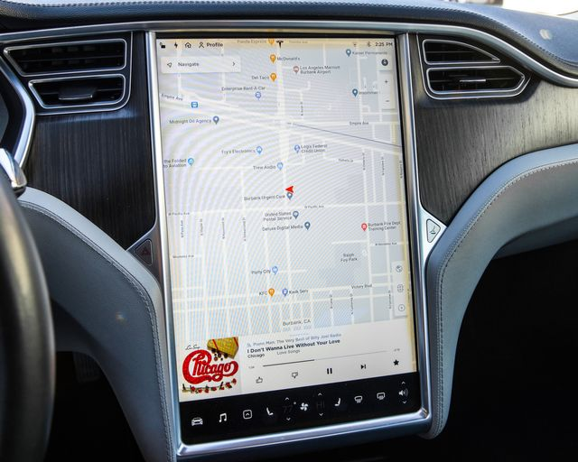2013 Tesla Model S Burbank, CA 18