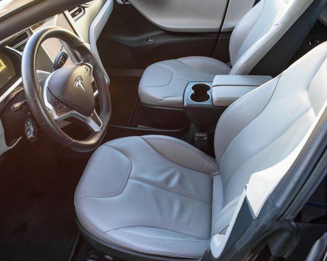 2013 Tesla Model S Burbank, CA 9