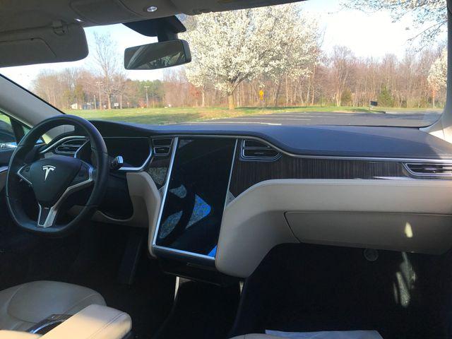 2013 Tesla Model S Leesburg, Virginia 16
