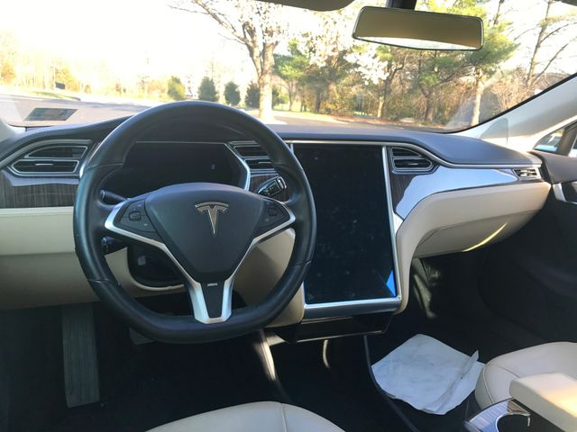2013 Tesla Model S Leesburg, Virginia 17