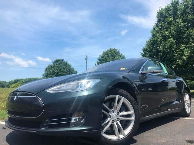 2013 Tesla Model S 85 in Leesburg Virginia, 20175