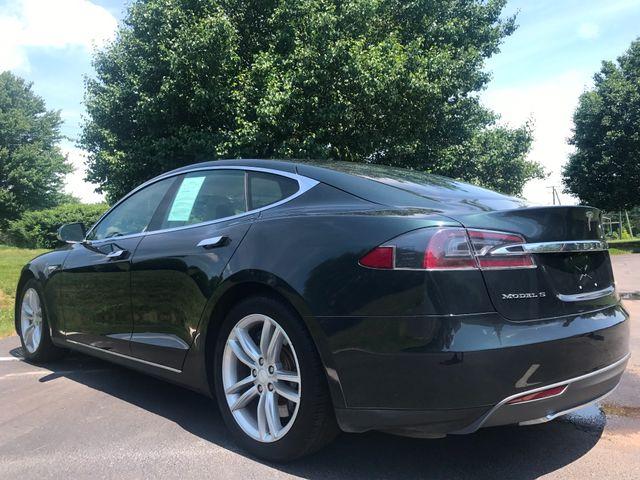 2013 Tesla Model S Leesburg, Virginia 4