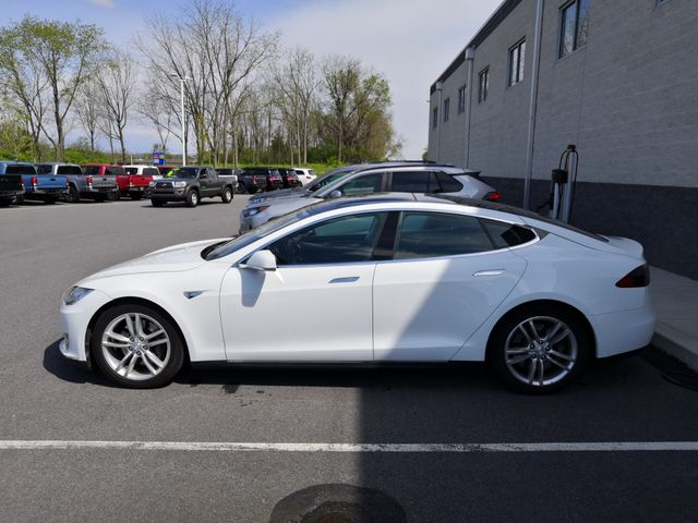 2013 Tesla Model S 60kw New Brunswick, New Jersey 1