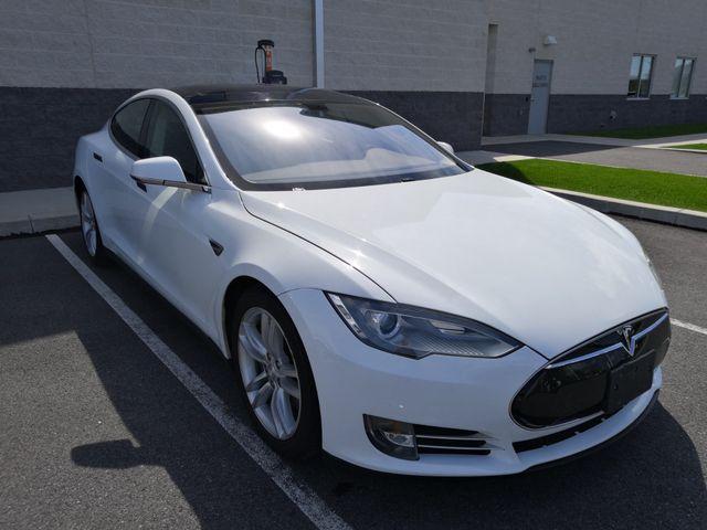 2013 Tesla Model S 60kw New Brunswick, New Jersey 4