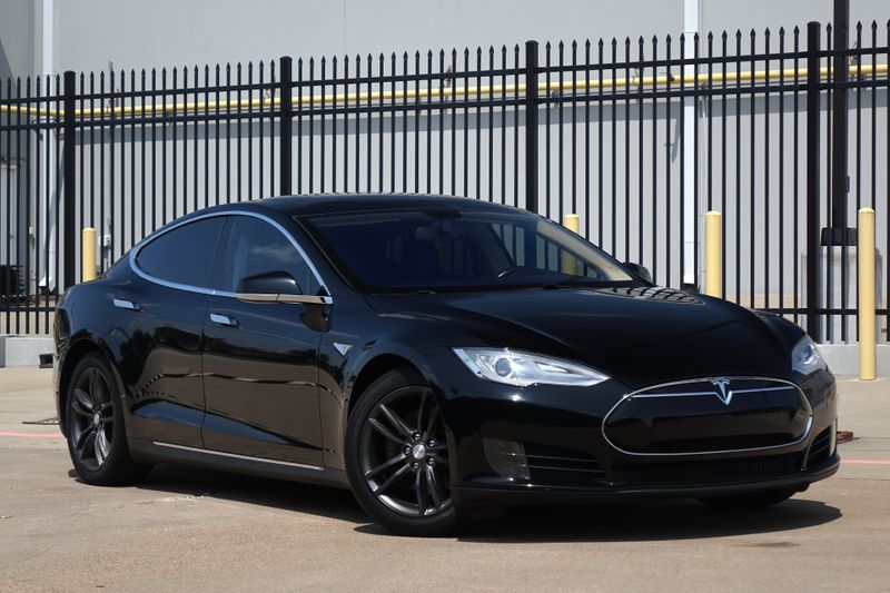 2013 Tesla Model S 40* 1 of 400* Pano Roof* Only 52K mi* NAV* BU Cam** | Plano, TX | Carrick's Autos in Plano TX