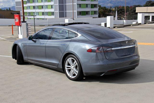 2013 Tesla Model S Reseda, CA 8