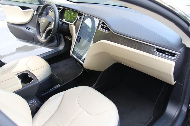 2013 Tesla Model S Reseda, CA 19