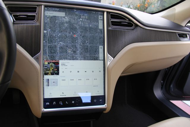 2013 Tesla Model S Reseda, CA 31