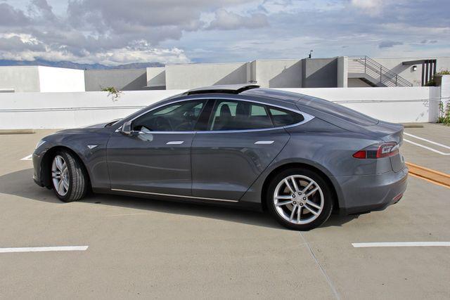 2013 Tesla Model S Reseda, CA 3