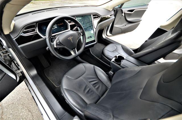 2013 Tesla Model S Reseda, CA 35