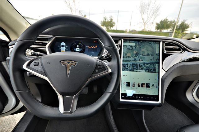 2013 Tesla Model S Reseda, CA 5