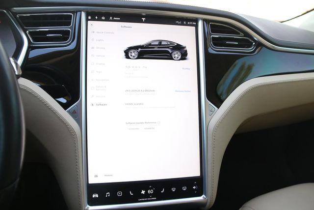 2013 Tesla Model S Santa Clarita, CA 18