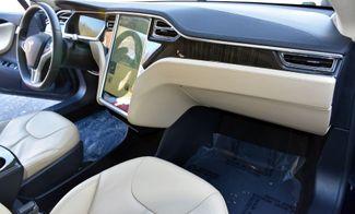 2013 Tesla Model S 4dr Sdn Waterbury, Connecticut 52