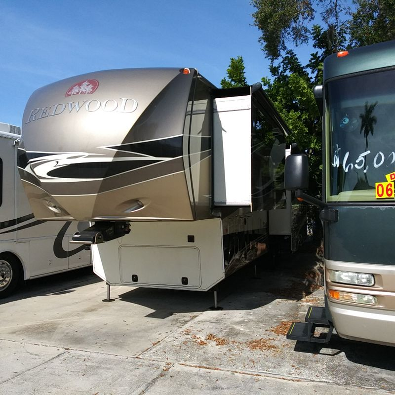 2013 Thor Redwood 36RL   city FL  Manatee RV  in Palmetto, FL