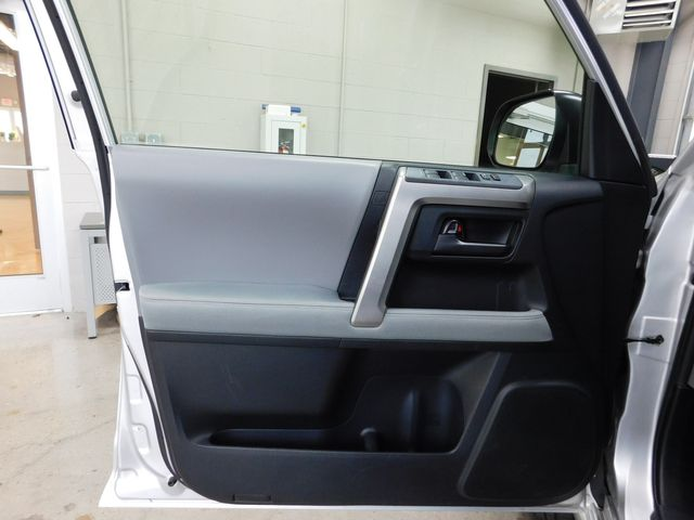 2013 Toyota 4Runner SR5 in Airport Motor Mile ( Metro Knoxville ), TN 37777