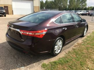 2013 Toyota Avalon XLE Farmington, MN 1