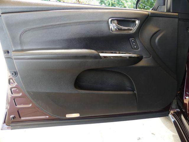 2013 Toyota Avalon Hybrid Limited in Cullman, AL 35058