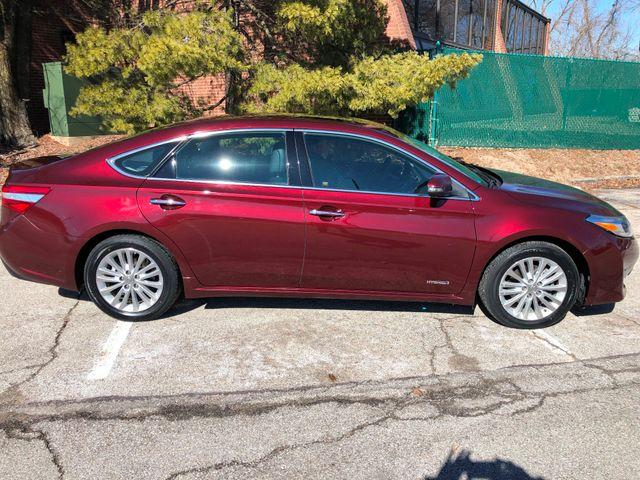 2013 Toyota Avalon Hybrid XLE Premium St. Louis, Missouri 1