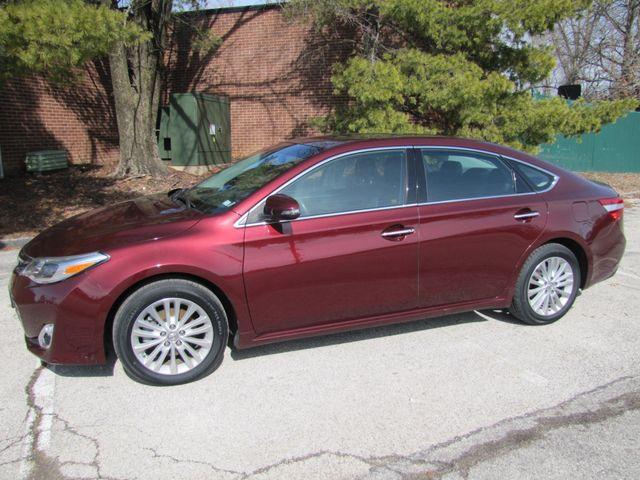 2013 Toyota Avalon Hybrid XLE Premium St. Louis, Missouri 4