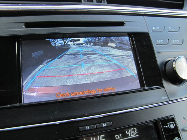 2013 Toyota Avalon Hybrid XLE Premium St. Louis, Missouri 13