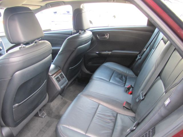 2013 Toyota Avalon Hybrid XLE Premium St. Louis, Missouri 9