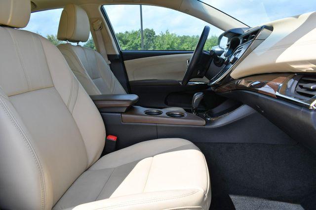 2013 Toyota Avalon XLE Naugatuck, Connecticut 9