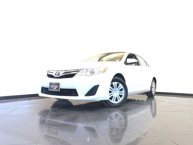 2013 Toyota Camry *Drive TODAY & Make PAYMENTS* | The Auto Cave in Addison