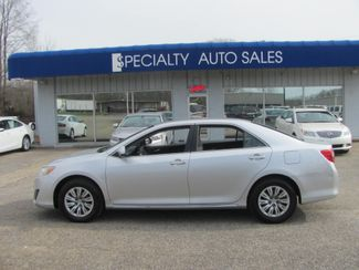 2013 Toyota Camry LE Dickson, Tennessee