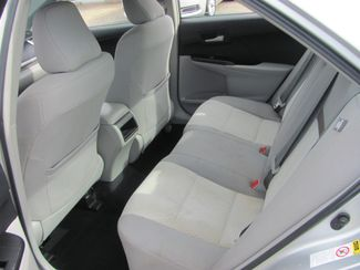 2013 Toyota Camry LE Dickson, Tennessee 5