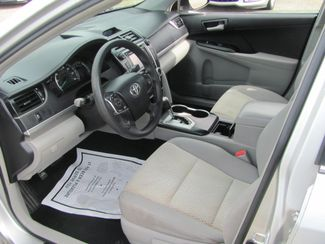 2013 Toyota Camry LE Dickson, Tennessee 7